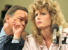 09 Jun 1987, Washington, DC, USA --- Washington: Fawn Hall, former personal secretary to Lt. Col. Oliver North, listens to Plato Cacheris, her attorney, during the House and Senate Iran-Contra hearings 6/9. --- Image by © Bettmann/CORBIS